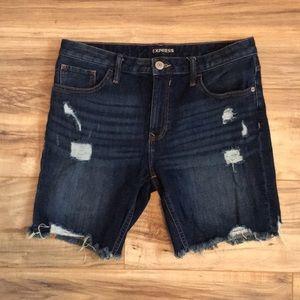 🔥⬇️PRICE DROP🚨Express women's Bermuda shorts